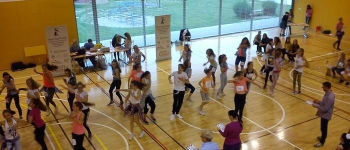 Plesalke OŠ Dragotina Ketteja uspešne na področnem tekmovanju Šolski plesni festival
